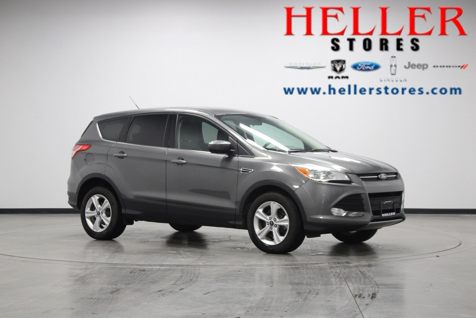 Pre owned 2014 ford escape se