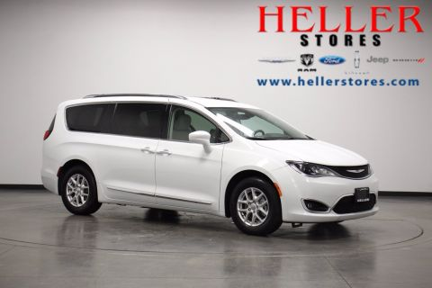 Pre-Owned 2020 Chrysler Pacifica Touring L