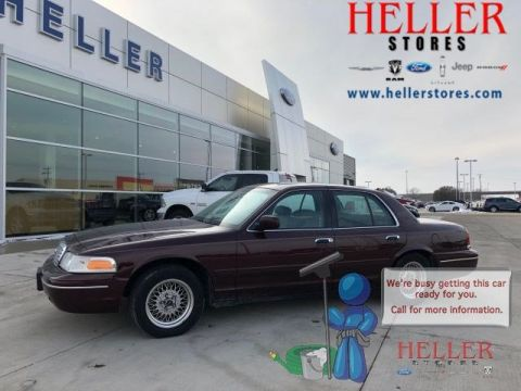 Pre-Owned 2001 Ford Crown Victoria LX